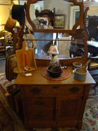 High Quality Oak Washstand With Mirror - Mortis & Tenon - Made In Usa photo