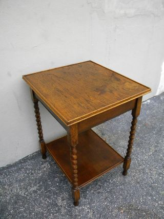 Victorian Tiger Oak Spindle Leg Side Table 1237 photo