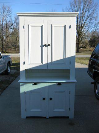 White Blind Door Step Back Cabinet photo