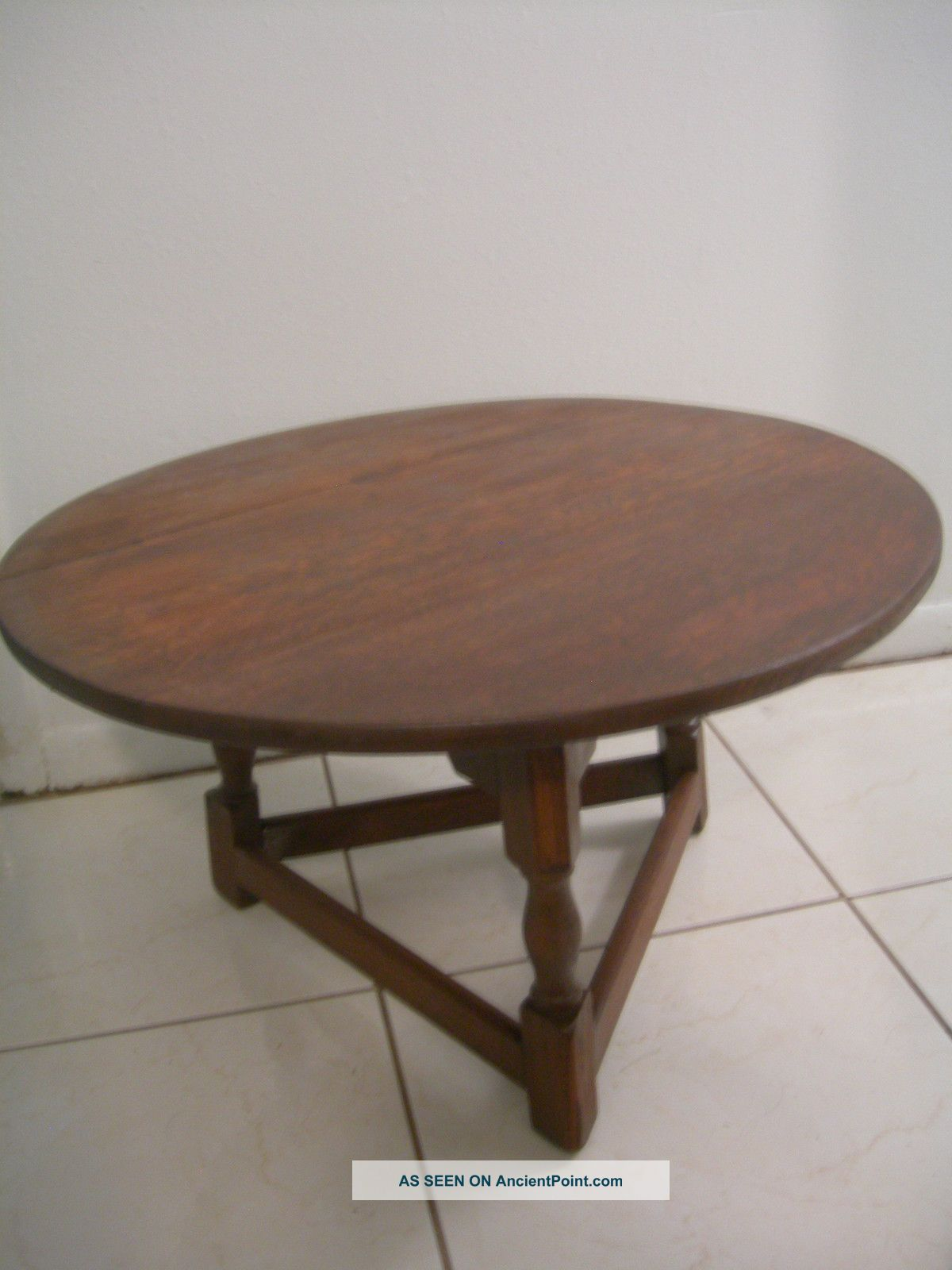 Round Arts And Crafts Coffee Table