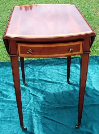 Federal Pembrook Folding End Table - New Reproduction photo