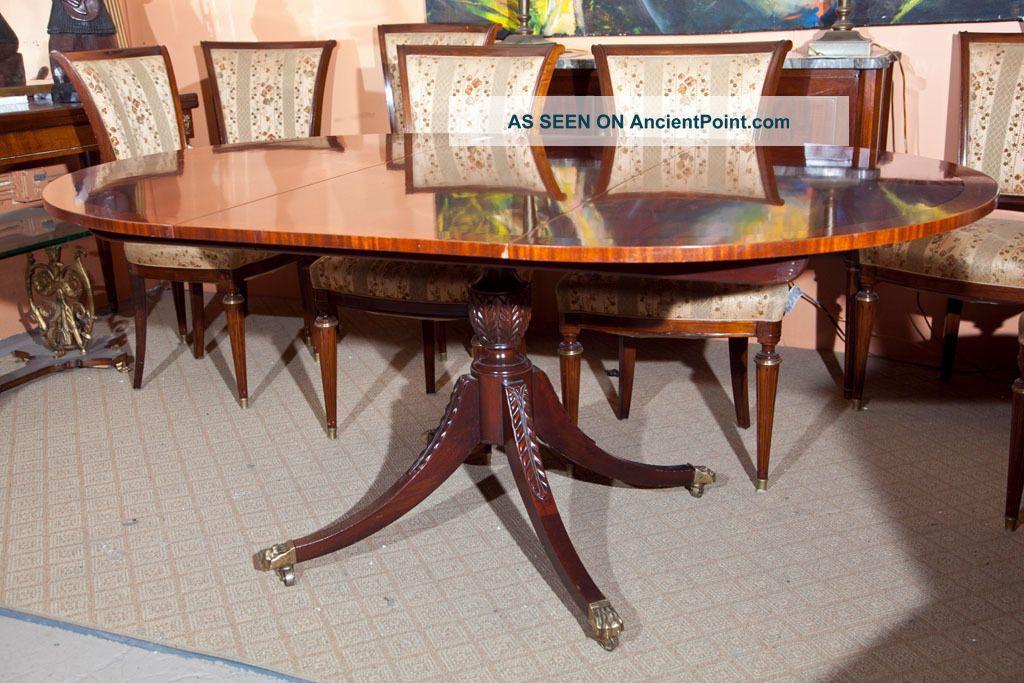Style Flame Mahogany Circular Dining Room Table 1900 1950 Photo 4