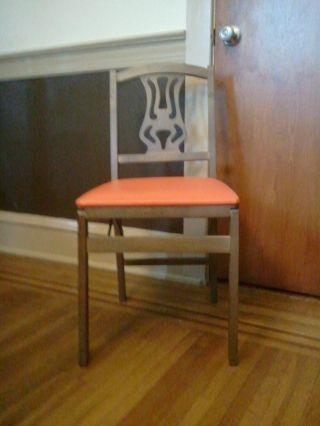 4 Vintage Stakmore Folding Chairs In Very Good Condition photo