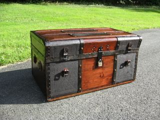 Antique Stagecoach Steamer Trunk Chest - Restored Refinished photo