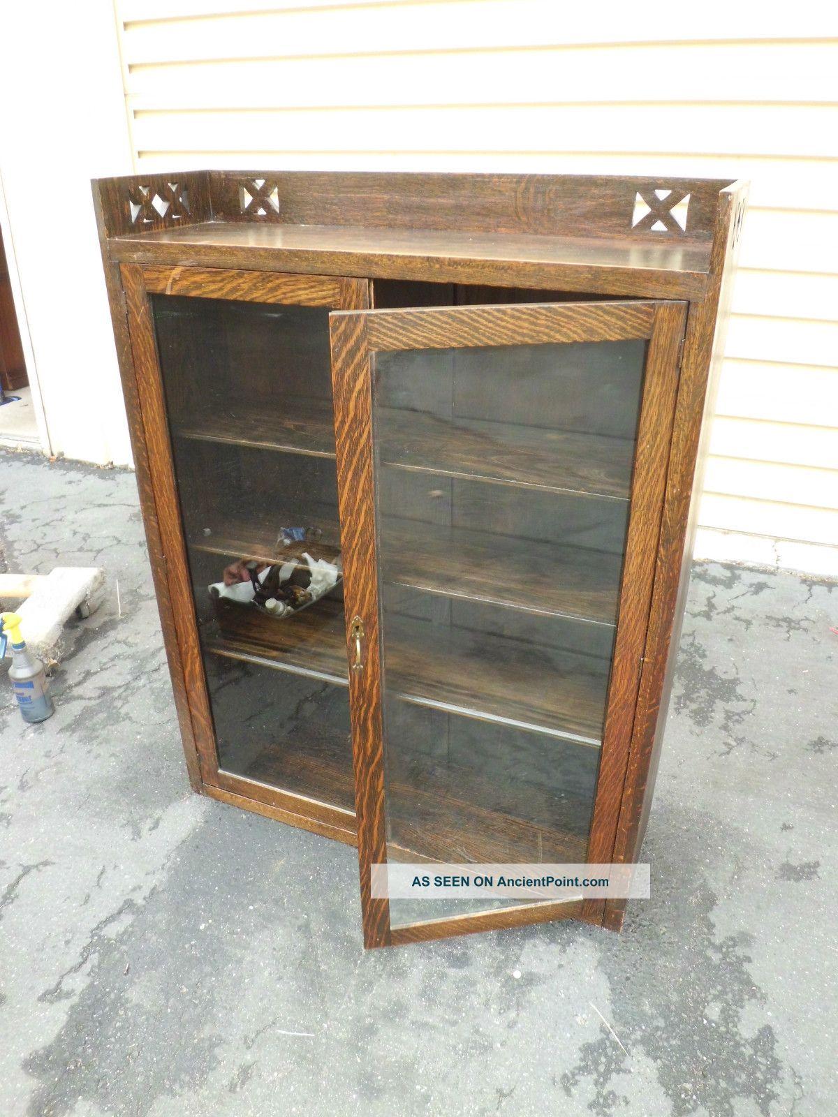 50939 Antique Mission Oak 2 Door Bookcase