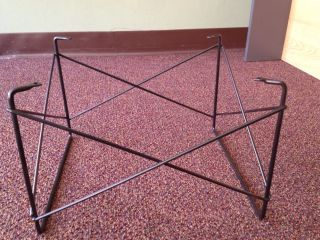 Herman.  Miller Wire Rod Low Table Base photo