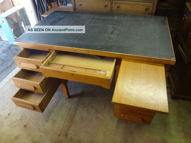 Amazing Vintage 1950 S Solid Oak Executive Office Desk Pasadena Download Free Architecture Designs Sospemadebymaigaardcom