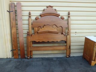 50714 Antique Victorian Full Size Bed With The Wood Rails photo