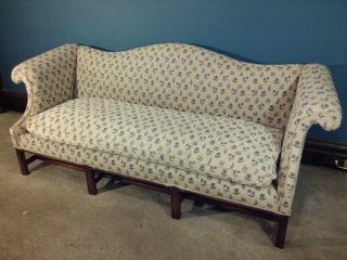 Kittinger Chippendale Style Camelback Sofa W Rolled Arm Carved Marlborough Legs photo