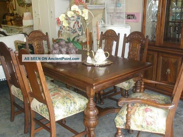 Antique Hand Carved Oak Dining Room Table And Chairs Rustic Vintage Wood Dining & Antique Hand Carved Oak Dining Room Table And Chairs Rustic Vintage ...