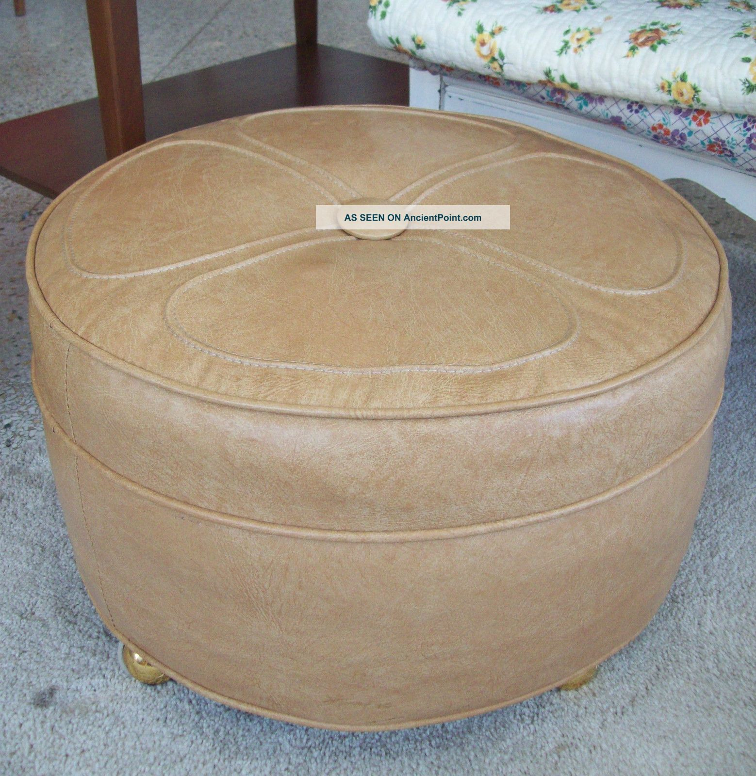Fab Vintage Retro Naugahyde Mid Century Modern Round Foot Stool Ottoman Hassock Post-1950 photo