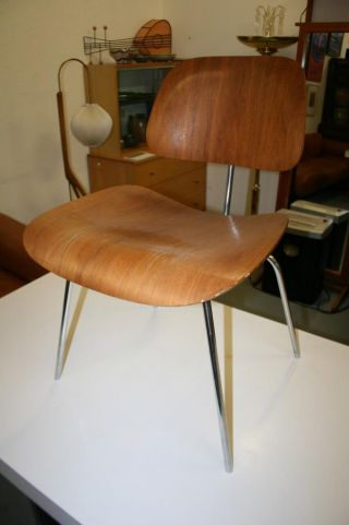 Vintage 1950 ' S Signed Herman Miller Eames Dcm Walnut Dining Chair photo