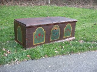 Antique 1800 ' S Dovetail Folk Art Dowry Blanket Chest photo