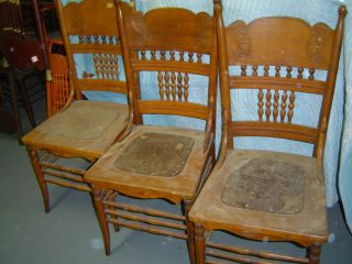 3 Matching Oak Pressed Back Chairs - Early 1900 ' S - photo