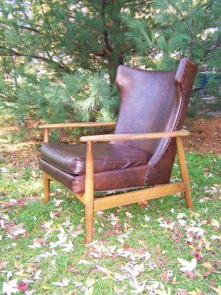 Stylish Mid - Century Danish Modern Lounge Arm Chair photo