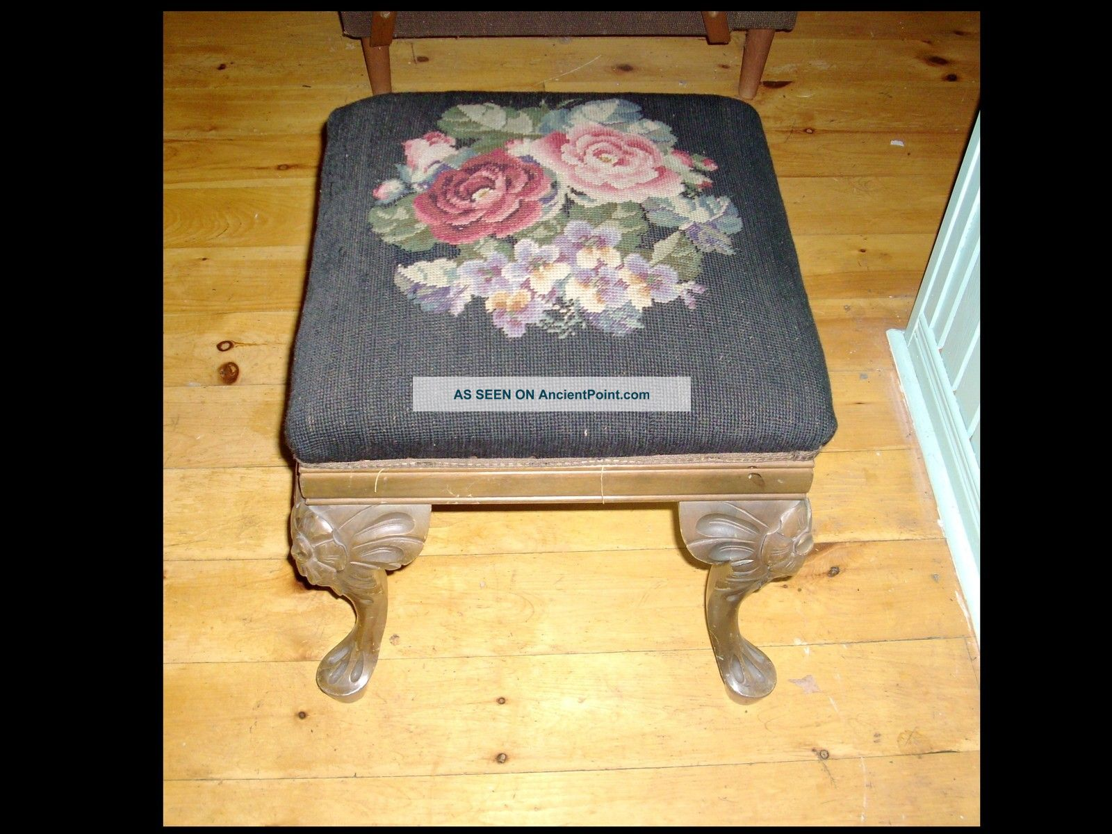Antique Mahogany Victorian Needlepoint Stool Queen Anne Carved Legs 1800-1899 photo