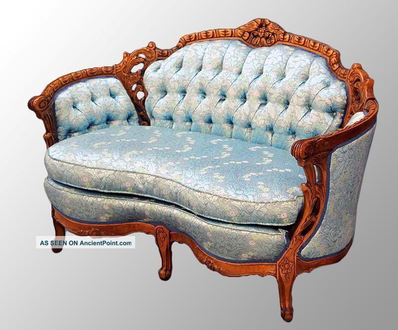 antique victorian loveseat. Black Bedroom Furniture Sets. Home Design Ideas