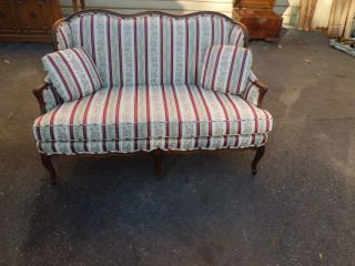 51116 Henredon French Sofa Loveseat Couch Quality photo