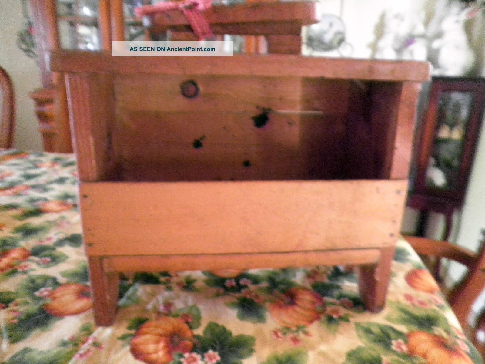 Antique Old Primitive Wood Shoe Shine Polish Box Stand Shaker Colonial Style 1900-1950 photo