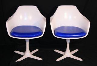 Pair Mid Century Modern Burke Tulip Propeller Base Arm Chairs Saarinen Style photo