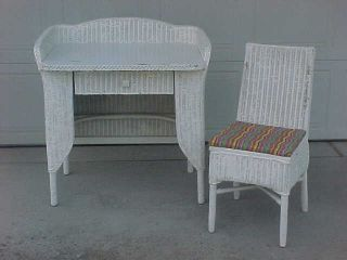 1920 ' S Wicker Desk And Chair By Lloyd Loom Mission Style photo