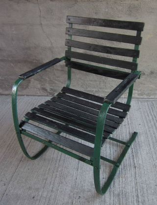 Vtg Green Outdoor/patio Spring Arm Chair W/ Metal Frame & Wood Slats photo