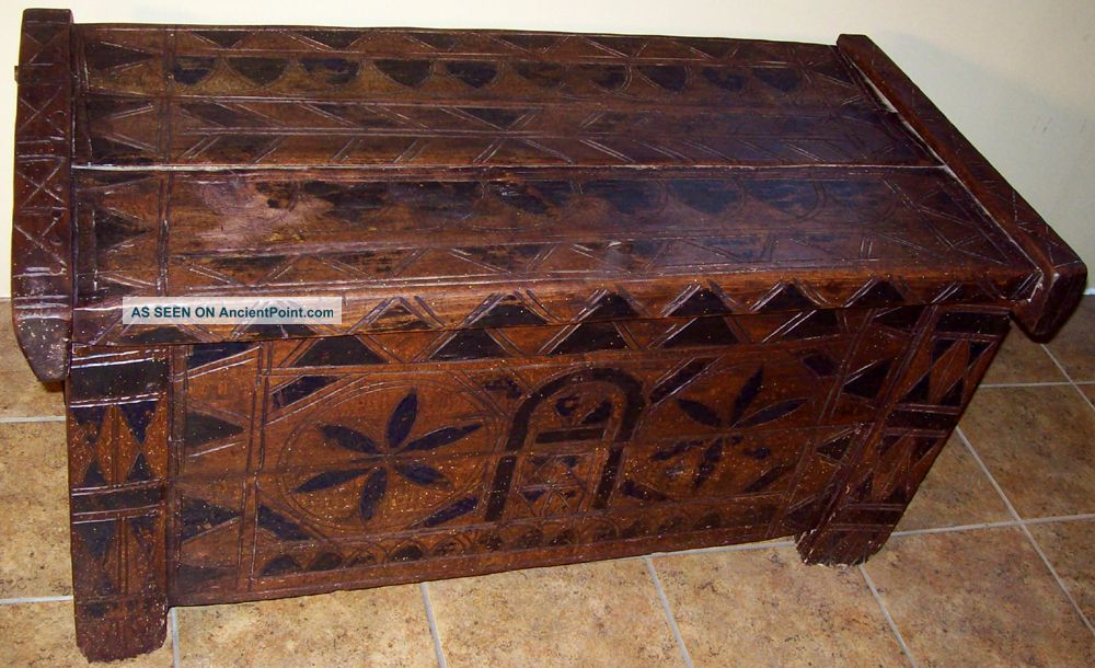 Antique Vintage Hand Carved Wood Pegged Trunk Chest 18th Century 1600 - 1700 ? Pre-1800 photo