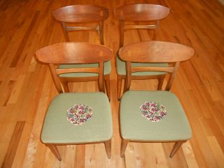 (4) Vintage Heywood Wakefield Dining Chairs photo