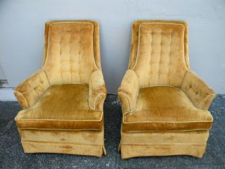 Pair Of Mid - Century Tufted High Back Side By Side Chairs By Hickory 2075 photo