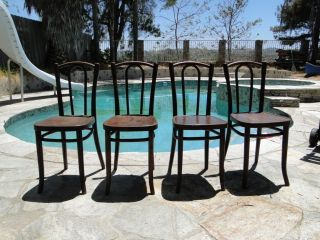 Set Of 4 Rare Antique Collectible Bentwood Thonet Chairs photo