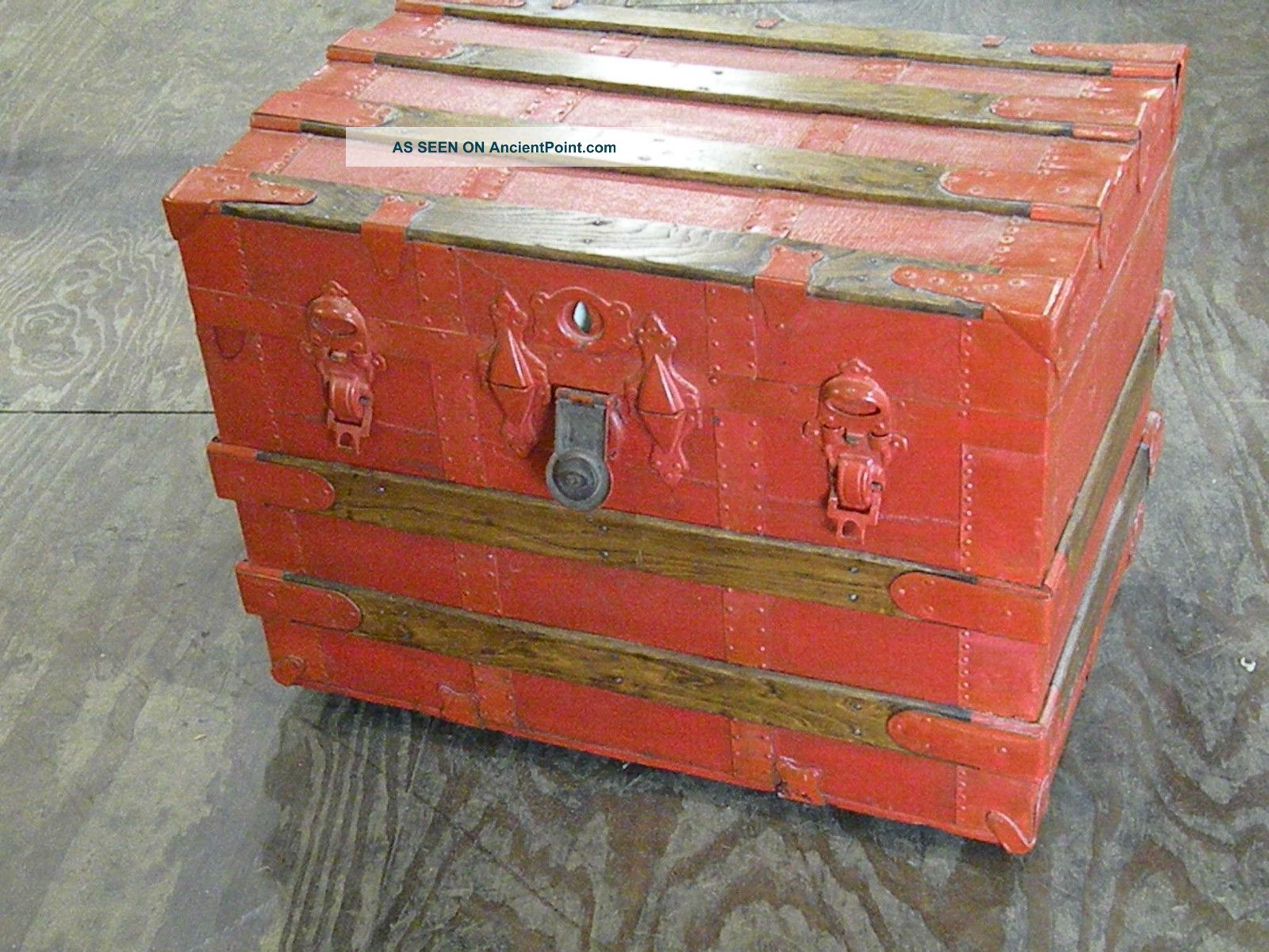 Alfa Img Showing > Painted Wooden Chests. Full resolution‎  snapshot, nominally Width 1600 Height 1200 pixels, snapshot with #8C3E28.