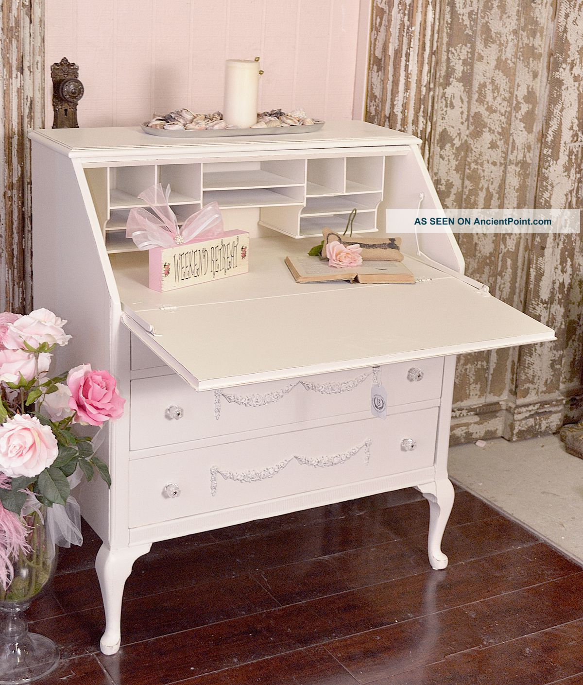 Shabby chic secretary desk best home design 2018 for Modern chic furniture