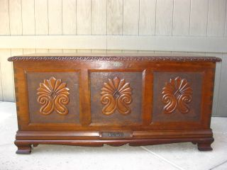 Antique 1930 ' S Cedar Lined Hope Chest Storage Bench / Trunk Ornate Carved photo