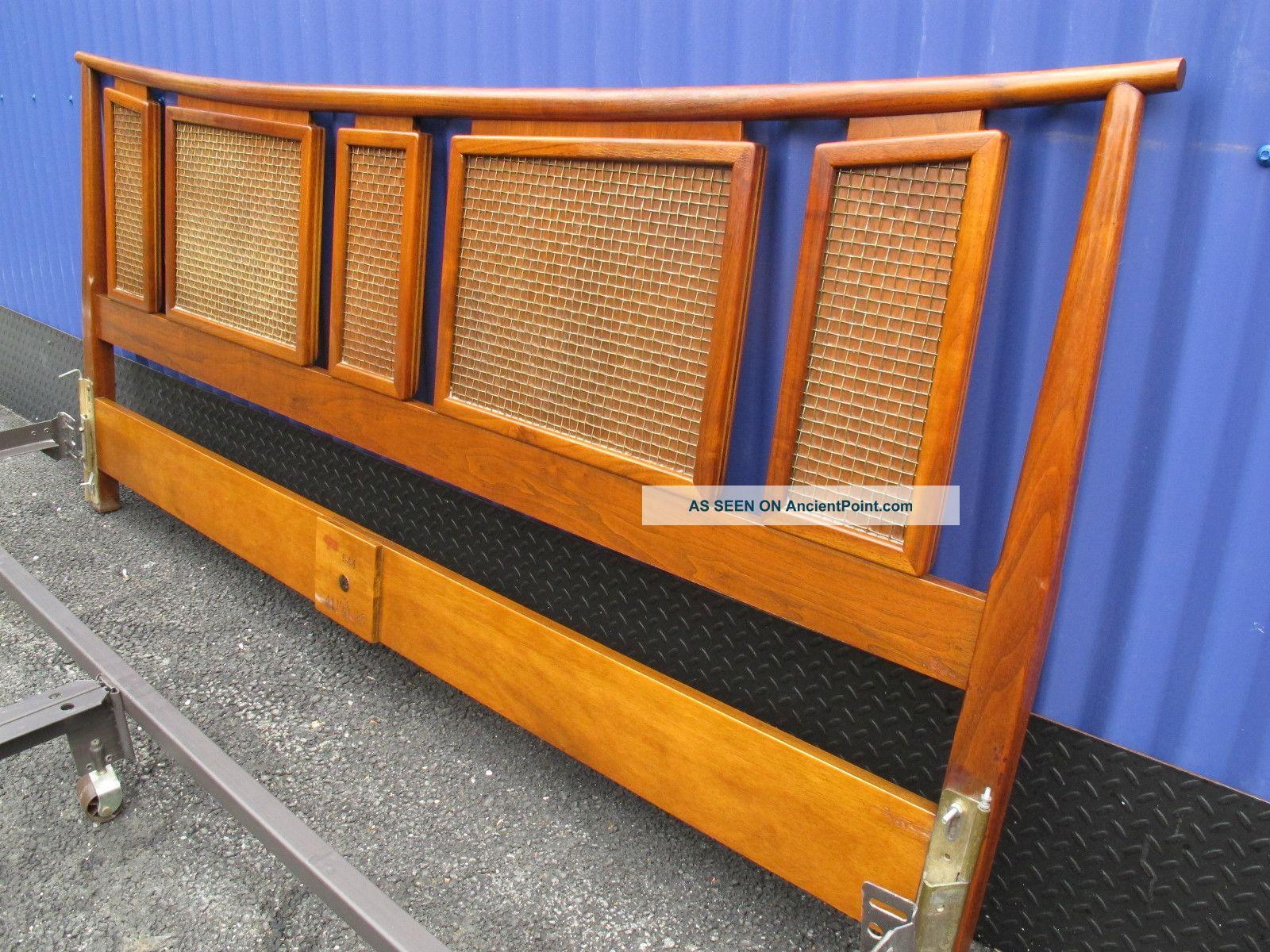 Mid Century Bed Frame | 1600 x 1200 · 402 kB · jpeg