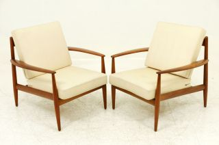 Pair Teak Lounge Chairs By Grete Jalk photo