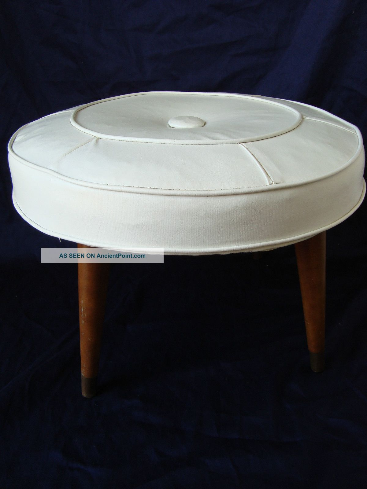 Vintage Ottoman / Stool Round White Faux Leather 20 Wooden Legs. Full resolution  picture, nominally Width 1200 Height 1600 pixels, picture with #63381C.
