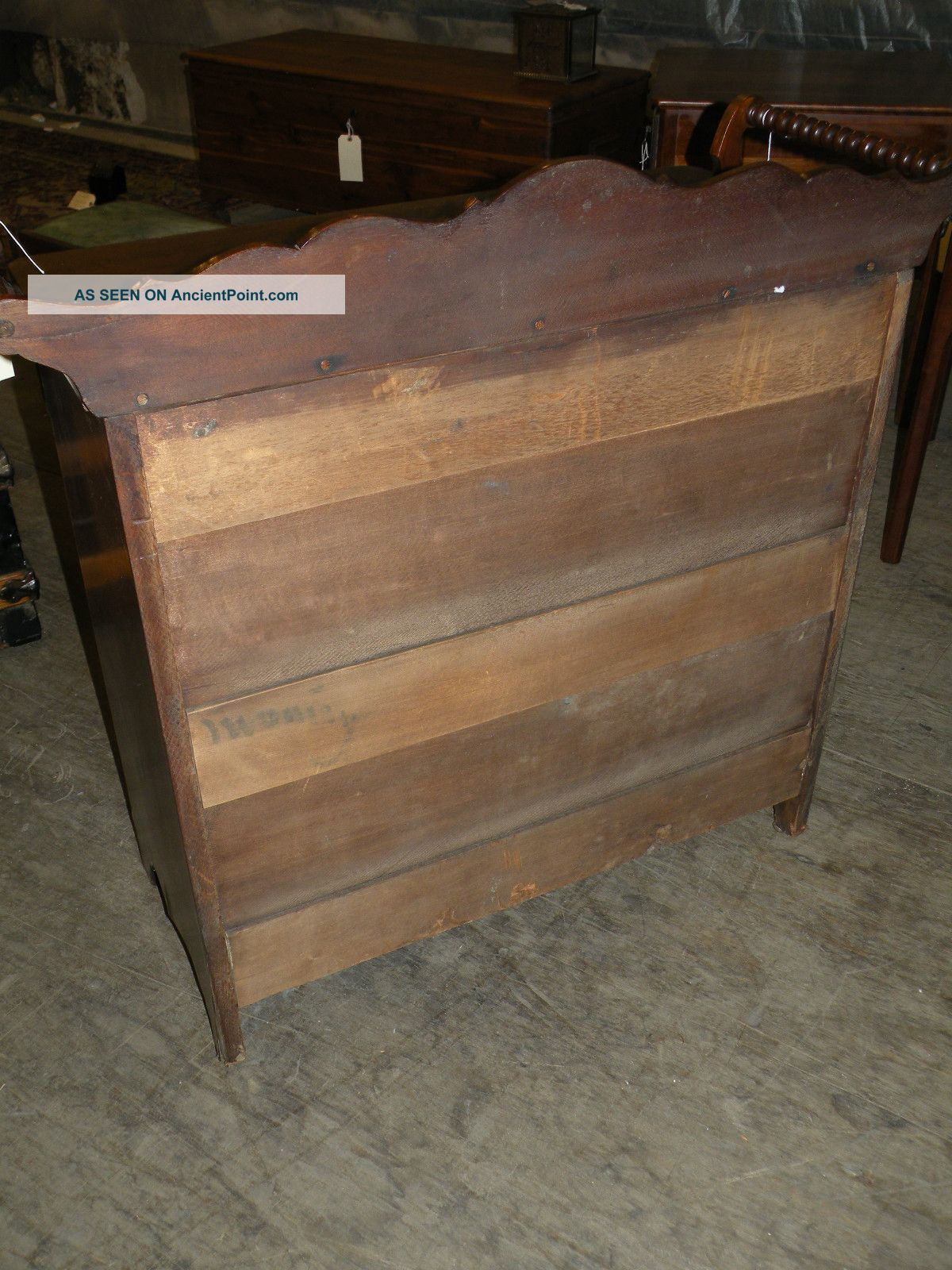 Antique bedroom furniture empire style washstand dresser with turned