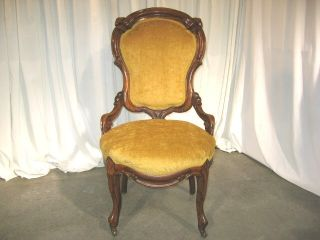 1800 ' S Carved Walnut Victorian Parlor Chair W/rollers photo
