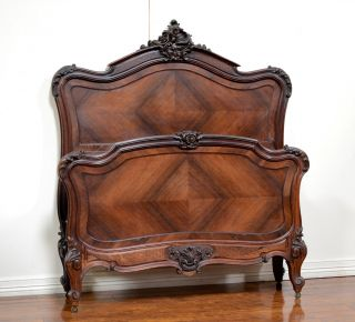 55613 - 2 : Antique French Rosewood Louis Xv Style Bed photo