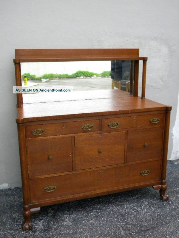 Early 1900 ' S Ball Claw Feet Oak Buffet With Mirror 873 1900-1950 photo