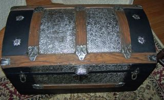 1870 ' S The Saratoga Trunk - Professionally Restored Fantastic Functional Piece photo