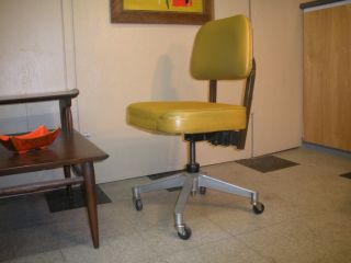 1970 ' S Chaircraft Harvest Gold Vinyl Steno Desk Chair Mid Century Retro Modern photo