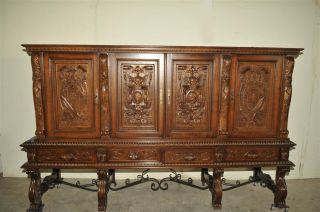 Spanish Cabinet In Oak Good Value Detail photo