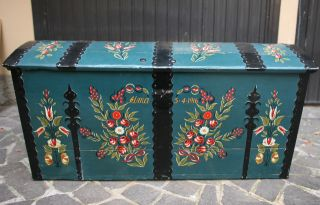 Swedish Bride ' S Chest - Baule Svedese Della Sposa Decorato - Country Style Trunk photo