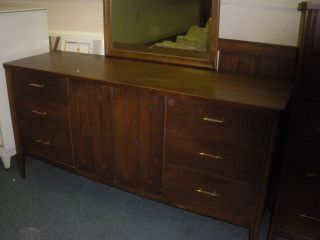 Danish Modern Vintage Long Dresser Credenza By Saga Broyhill We Ship Gpx $230. photo
