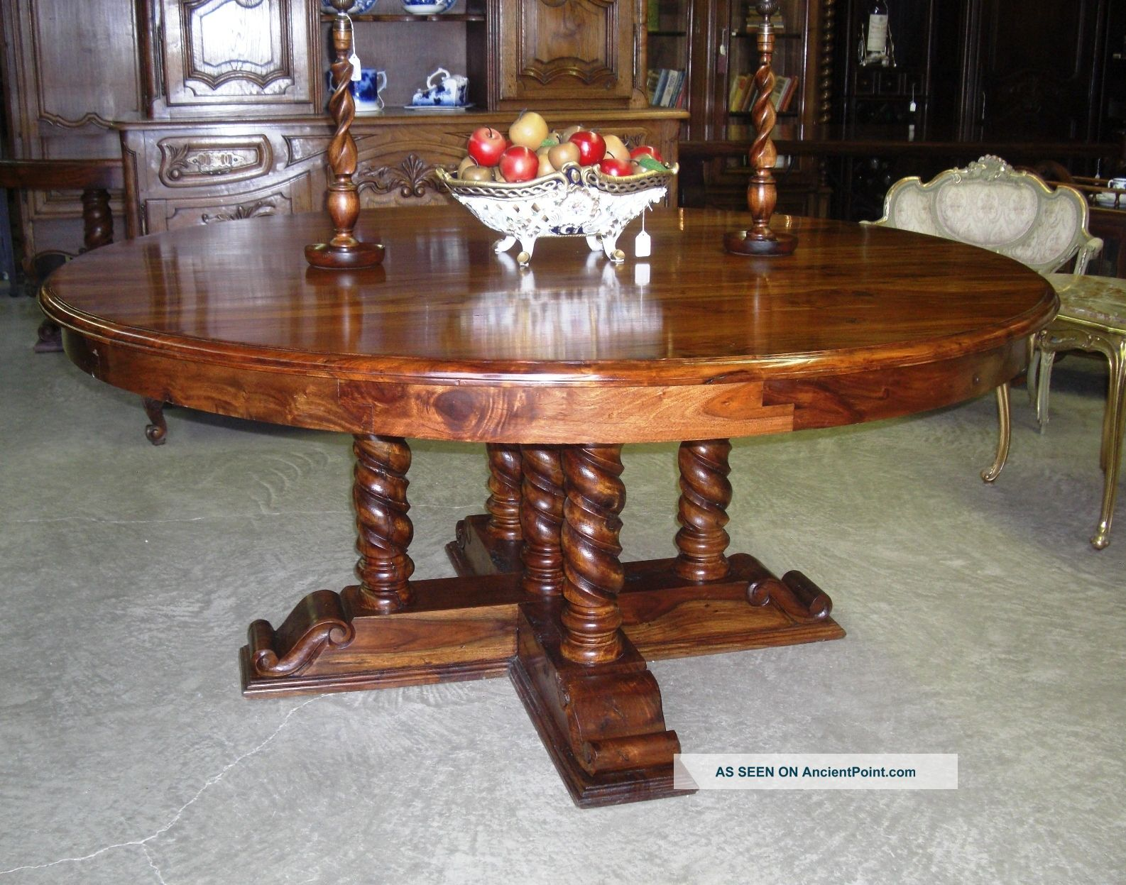 Very Best Antique Style Round Dining Table 1586 x 1247 · 318 kB · jpeg