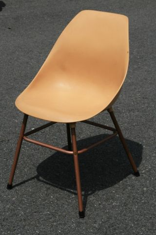Mid Century Modern Atomic Chair Egg Shell Side Space Age Eames Era Industrial photo