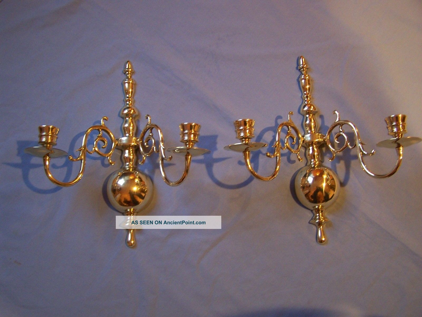 Vintage Virginia Metalcrafters 2025 Brass Candle Stick Wall Sconces