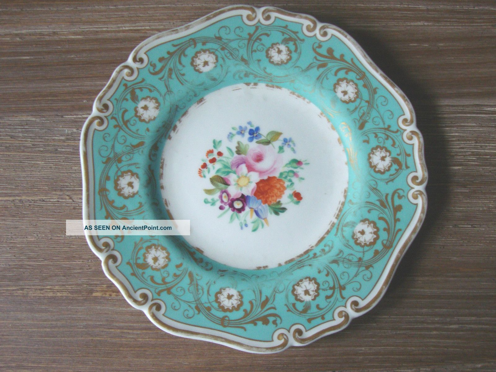 8th Century Worcester Hand Painted Floral Feldspar Porcelain