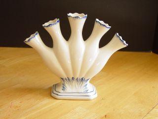 Williamsburg 5 Finger Vase Blue In Bloom Andrea By Sadek Porcelain Blue White photo